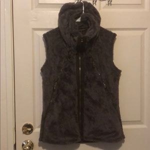 Kuhl Flight vest. Size Large.
